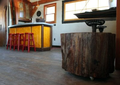 custom-crafted-coffeeside-table_douglas-fir-log-on-wheels_montana