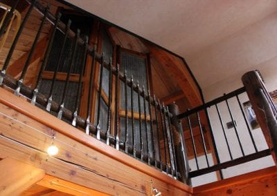 custom-crafted-railing-hand-hammered-steel_montana