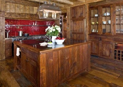 reclaimed lumber furniture