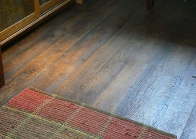 reclaimed lumber flooring