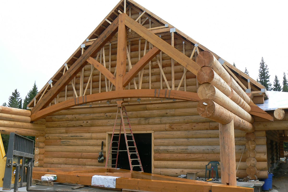 Reclaimed Timber Trusses Big Timberworks Bozeman Mt