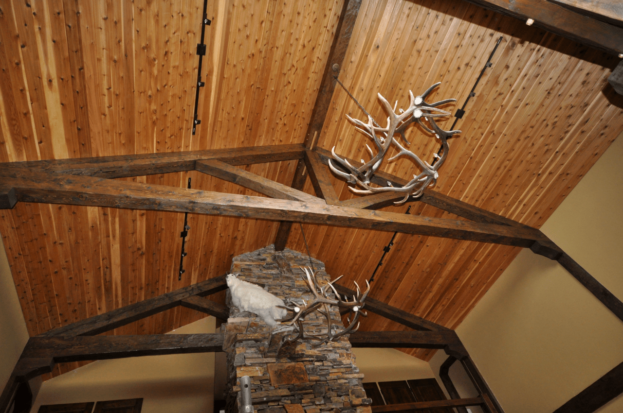 Indoor-king-post-truss-with-fire-place