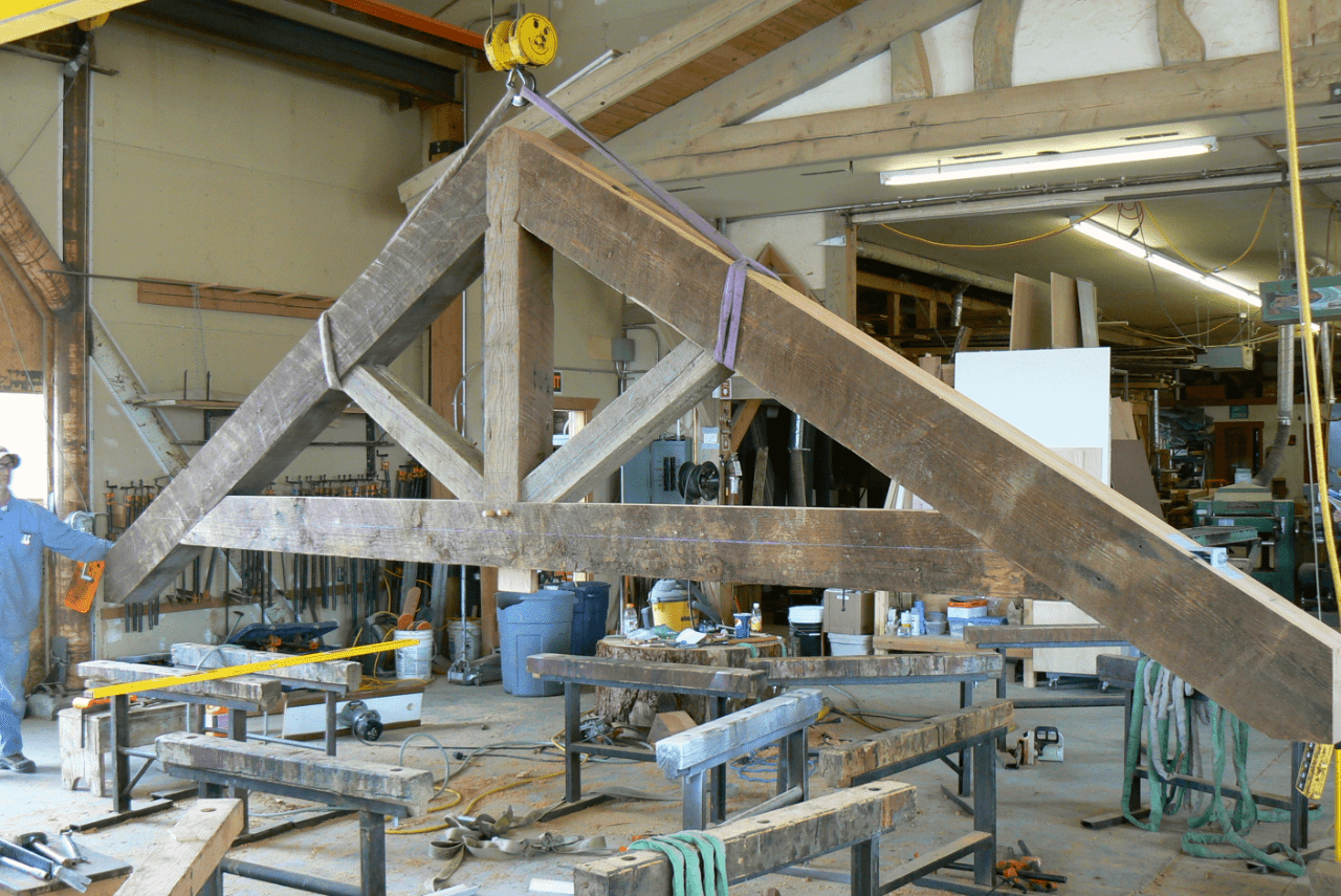 king-post-truss-manufacture-in-shop