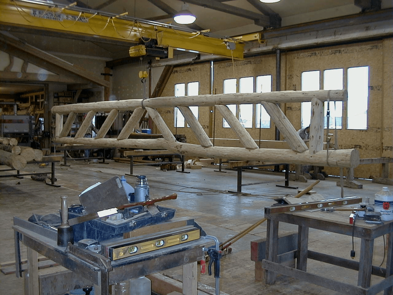 manufacturing-parallel-chord-truss-in-shop